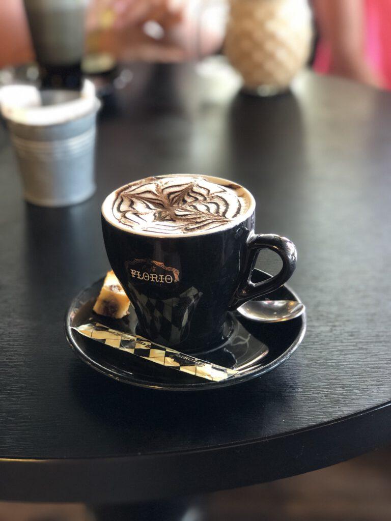 koffie bij No.Madd Coffee