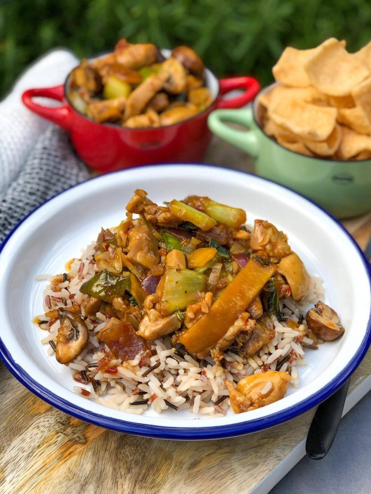 kip in chilisaus met rijst