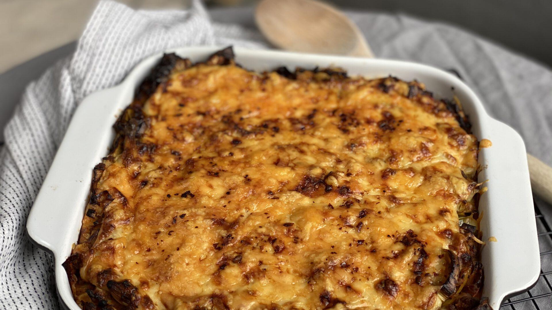 prei ovenschotel met gehakt en bechamelsaus