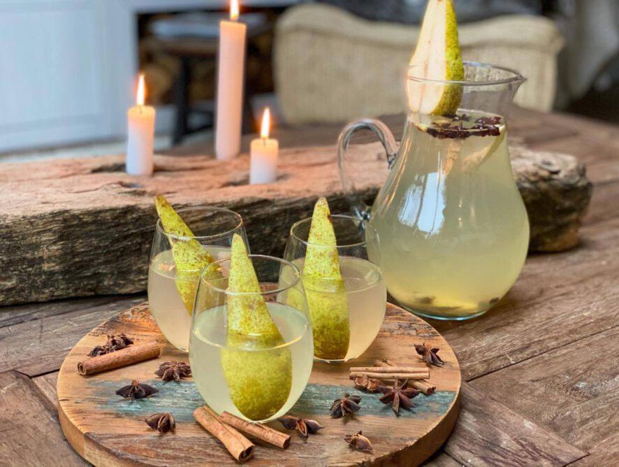 Kruidige winterse limonade met peer