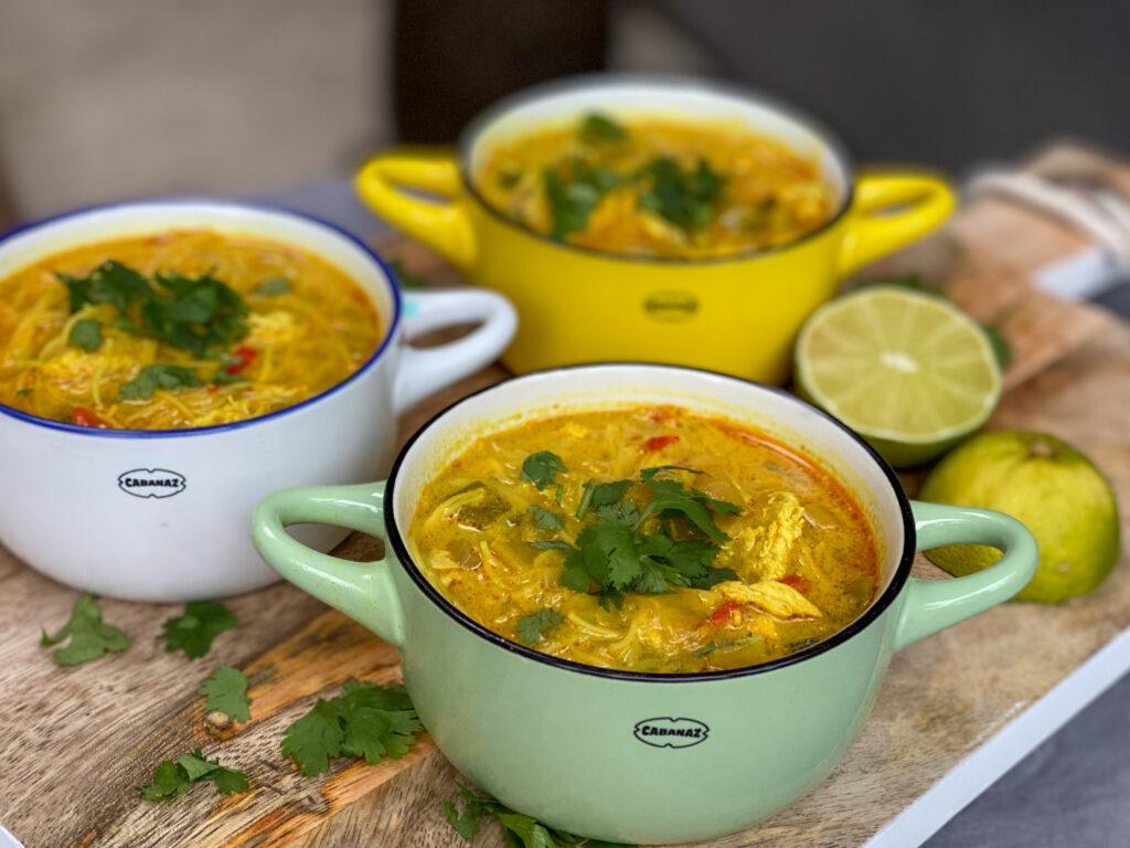 currysoep met kip en Thaise groenten