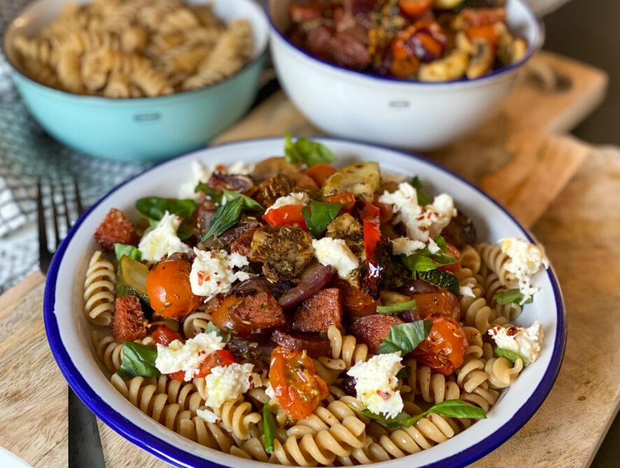 pasta met geroosterde groenten en chorizo