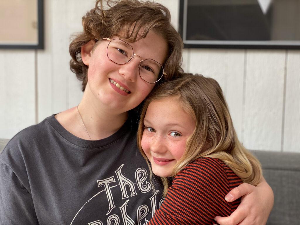 Amaranthe en Beaudine Thuis bij Familie over de Kook