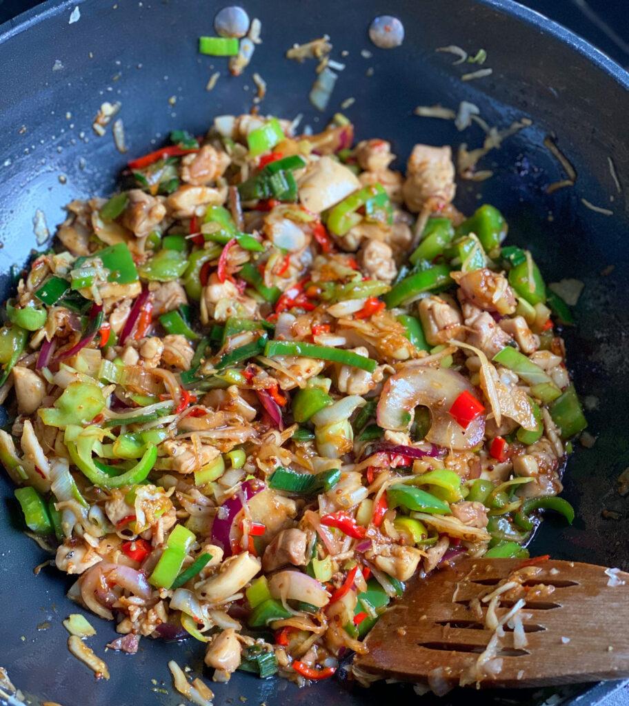 Thaise wokmaaltijd